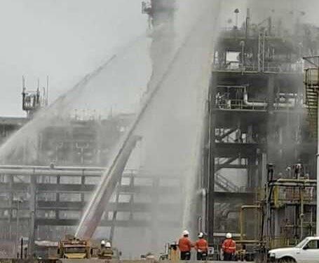 Incêndio atinge torre de tratamento de água da Revap em São José, diz sindicato